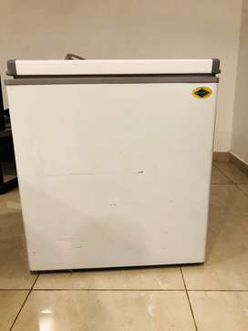 freezer 200L 6moths varranty is present. fruit juice kiosk is availabl