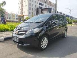 ISTIMEWA TERAWAT Honda Freed PSD 2011 AT