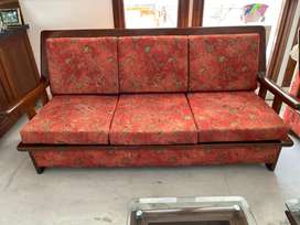 Sofa sets in brand new condition