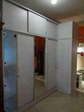 Whaldrof custom lemari hpl