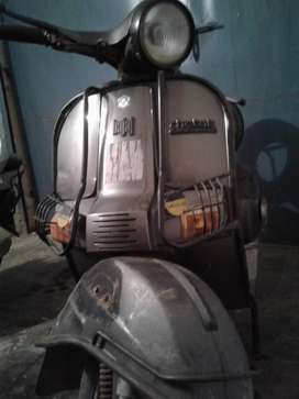 Model Bajaj Chetak; Month & Year of manufacture : 2/1998