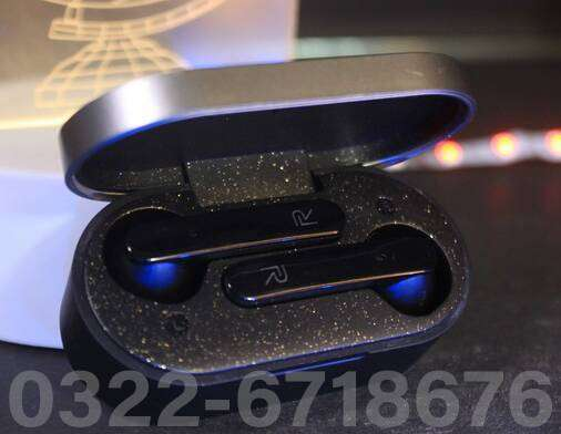 / Realme T5 True Wireless Earbuds