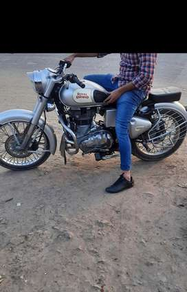 Royal Enfield Classic 350 In newly Condition