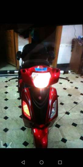2seater 3whealer electric scooty