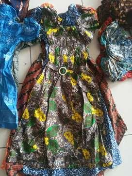 Baju batik anak anak berbagai ukuran S,M,L,xl