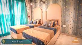 3bhk with servant room for sale in ambika Florence park