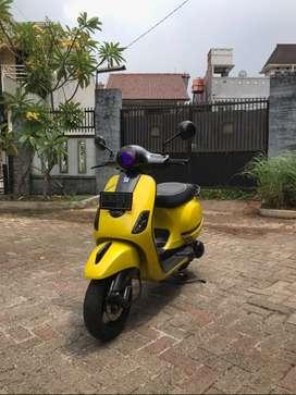 vespa lx 150cc 2v 2012 warna kuning (rare)