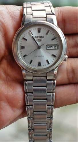 jam tangan lawas Seiko 5 silver
