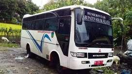Bus Mitsubishi Colt Diesel 120PS 2006 Terbesar