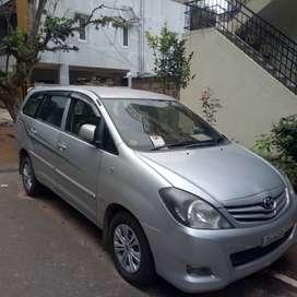 Innova for 7 Lakhs only 2010 model, negotiable