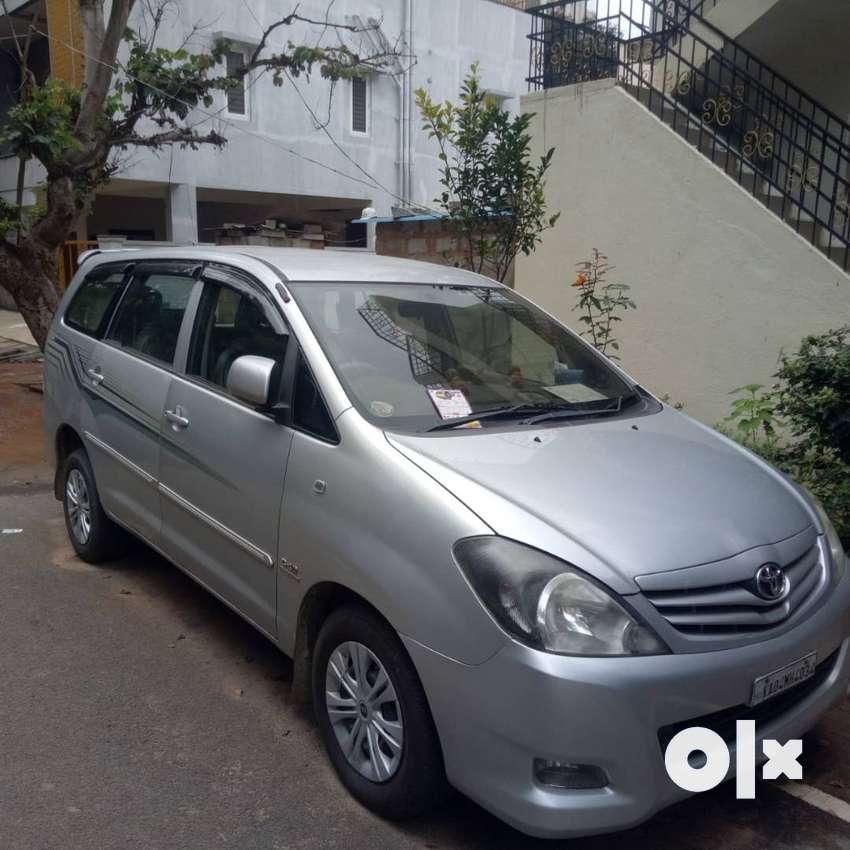 Innova for 7 Lakhs only 2010 model, negotiable 0