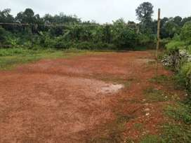 1 acre walled land on road side to rent