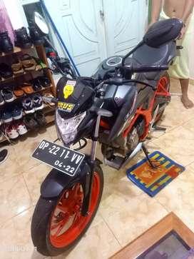 Honda CB150R Warna Hitam Merah