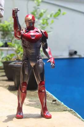 Iron Man Mark 47 Crazy Toys