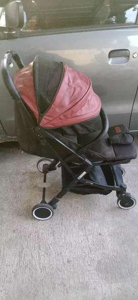 Stroller esmio merah, ringkas,  kokoh,  keren