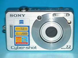 Sony Digital camera with Charger And SD Card