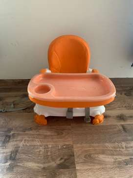 Booster feeding seat / chair