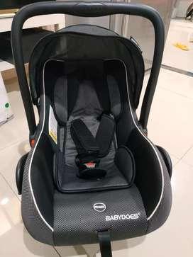 Car seat bayi merk babydoes