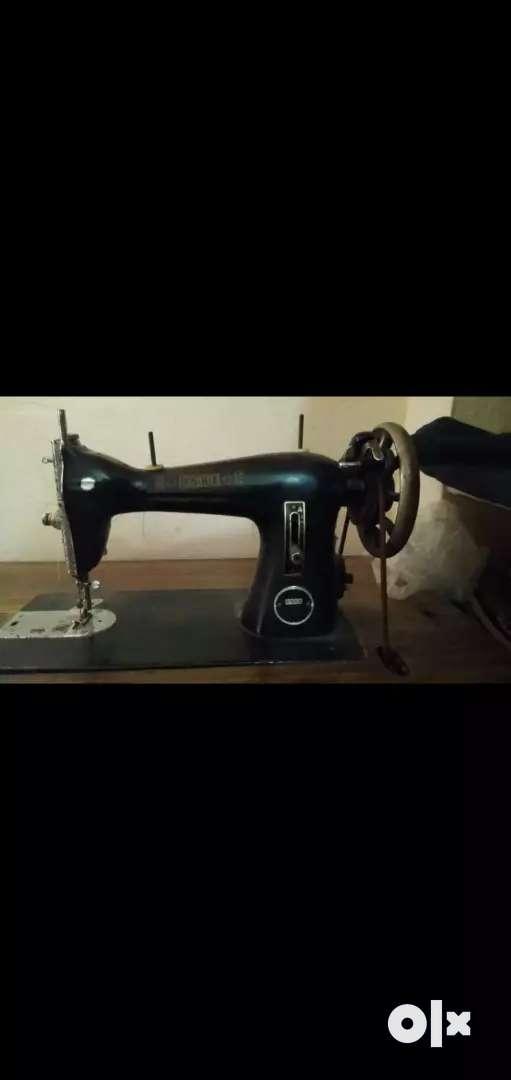 Used Tailoring Machine Usha Brand 0