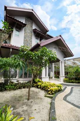 Rumah Mewah Ada Kolam Renang Di Setia Budi Ujung Medan Selayang