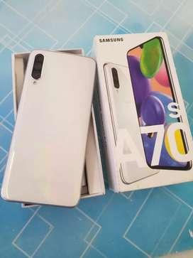 SamsungA70s 6gb ram 128gb internal just 1 month old Brand New