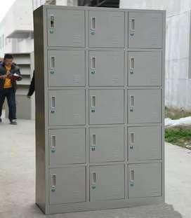Loker Karyawan Serbaguna 15 Pintu Warna Cream (Termasuk Kunci)