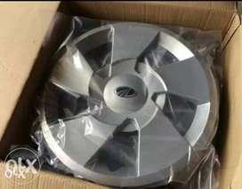 XUV 500 Wheel Rims and Wheel Caps set of 4 each