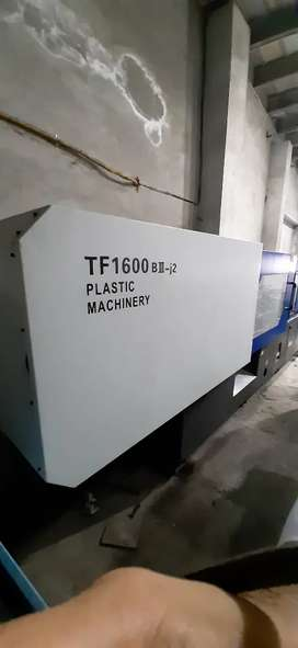 Injection Molding Machines 160 ton