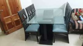 Dining table with 06 chairs for sale