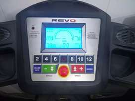 Revo Fitness walking machine good in condition