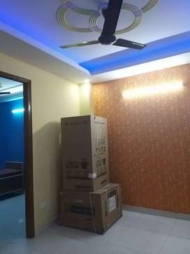 2bhk for rent nearby noida sector 5,6,1,15,16 etc and metro