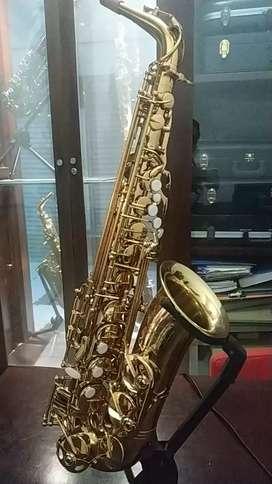 Jual saxophone alto p.mauriant PMSA -180G (like new)