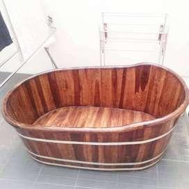 Bathtub bahan kayu jati