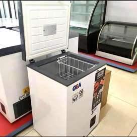 Kredit freezer box Gea bali