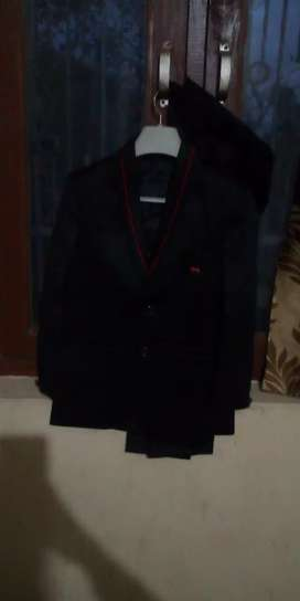 Boys silky coat with pent