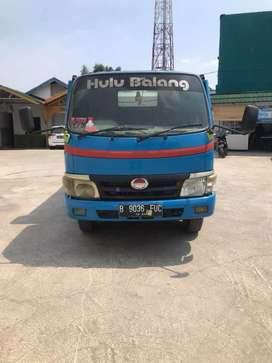 Hino Dutro Towing Bisa Kredit