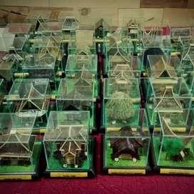 Miniatur Rumah Adat Indonesia Ukuran Sedang