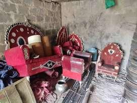4 Maharaja chairs 300 plates and shatranjis