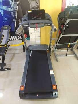 Jaguar Treadmill Cardio World Brand Offer For Sale