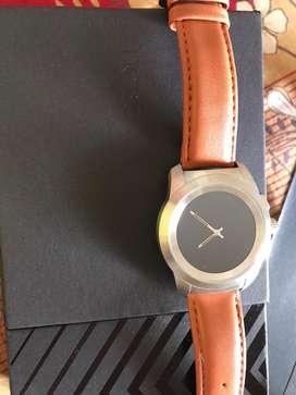 NoiseFit Fusion Hybrid Smart Watch