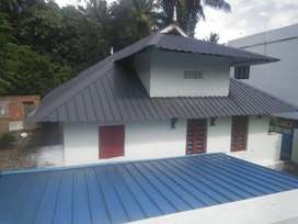 1100 sq feet sheeted house for rent