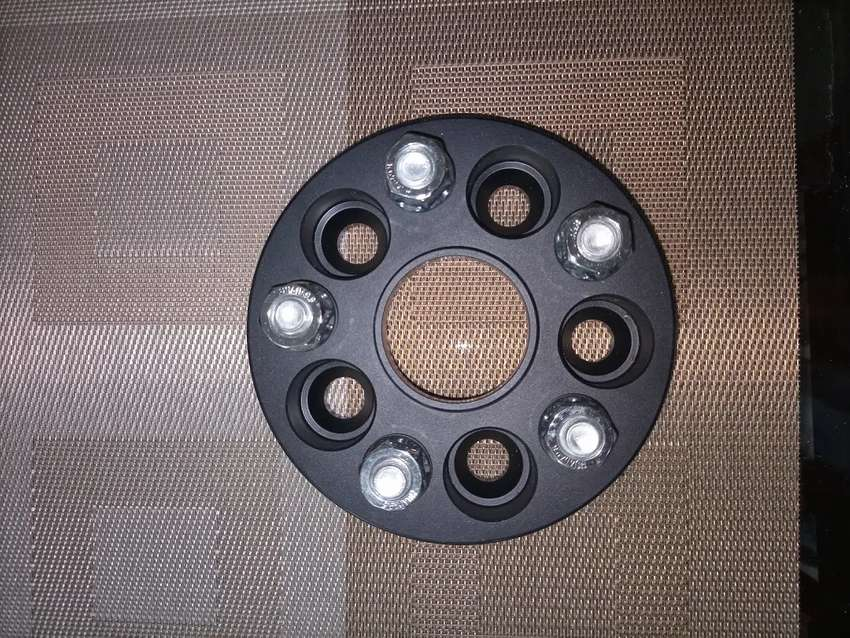 Wheel Spacers Imported Aluminium Alloy 20mm 100 PCD for Corolla/Prius