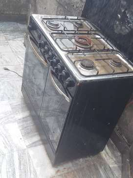 5 stove heavy oven is available for sake