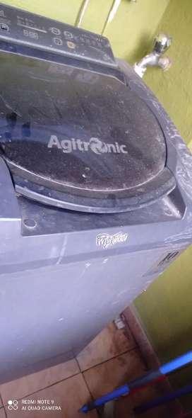Whirlpool washing machine, 6.2 kg, Agitronic. Motor still in warranty