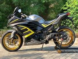 CASH CREDIT jual motor moge kawasaki ninja 250 fi 2015 SE ABS ABU HTM