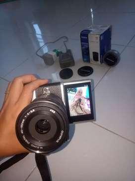 Dijual cepat kamera olympus pen lite 7 mirorrles