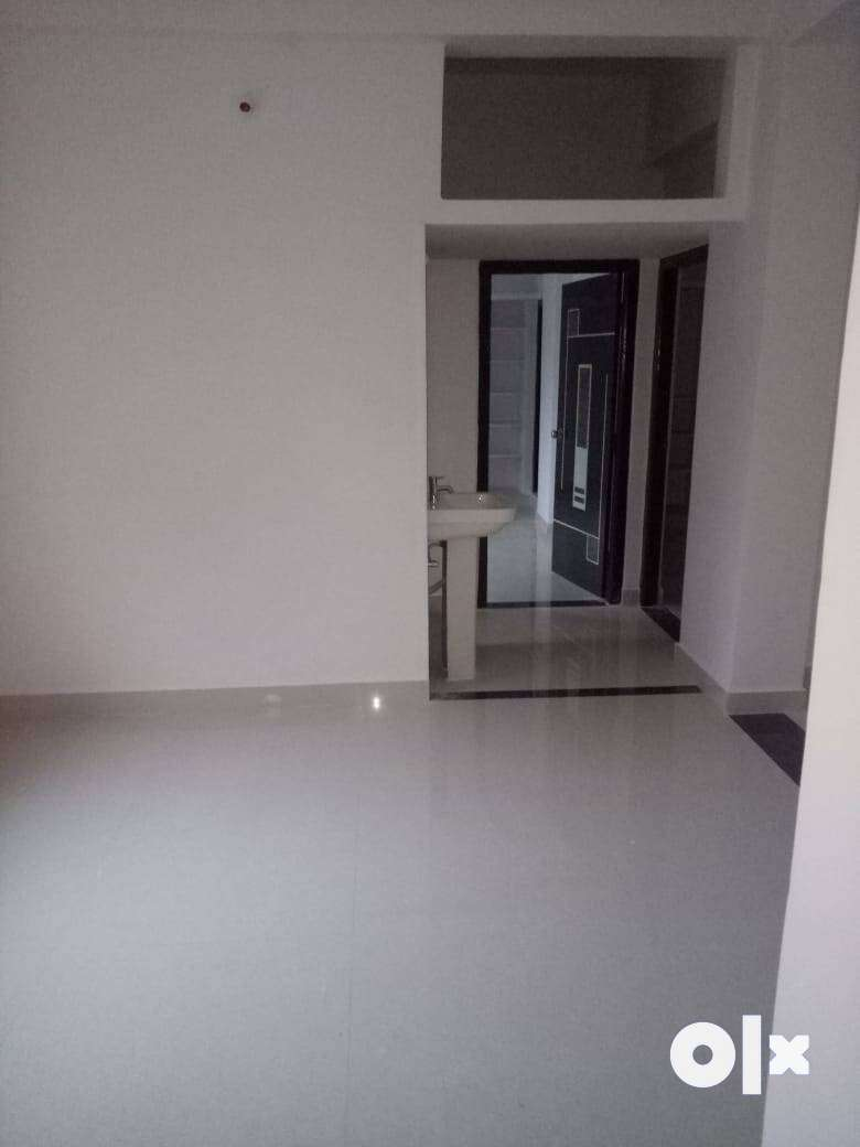 shivam road 3 BHK FLAT FOR RENT in very near to osmania univerisity 0