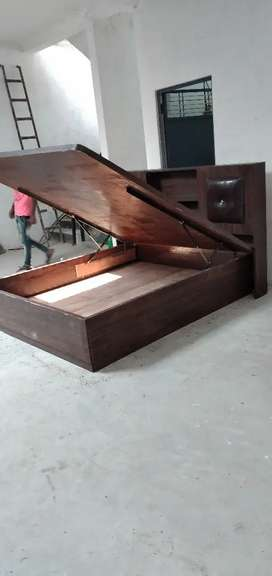 Carpenter  furniture  repair  installation