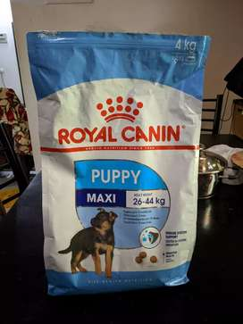 Royal Canin Maxi puppy food 2kg
