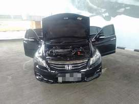 Honda accord vtiL 2.4cc 2011